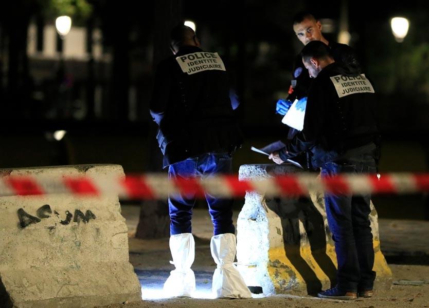 إصابات جرّاء هجوم بسكين في باريس