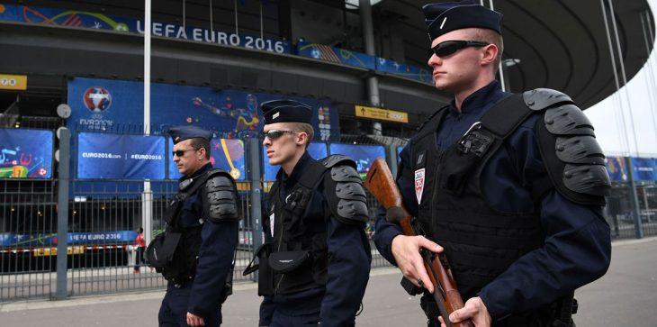 فرنسا تجمد أصول إدارة في وزارة الاستخبارات الإيرانية