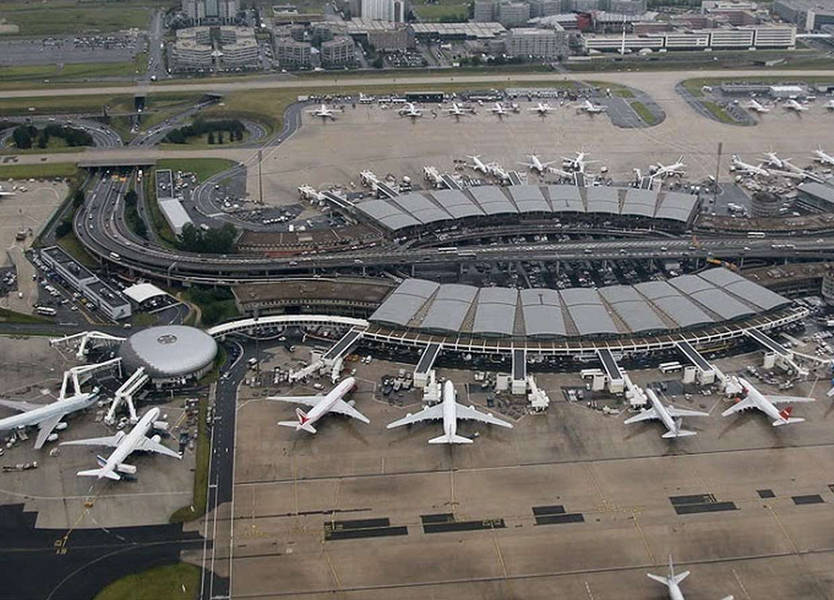 هذا ما حصل مع طائرة الـMEA في مطار شارل ديغول