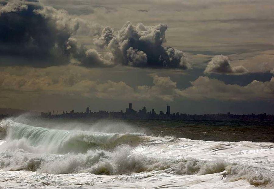 العاصفة تضرب.. سوريا والأردن ولبنان على