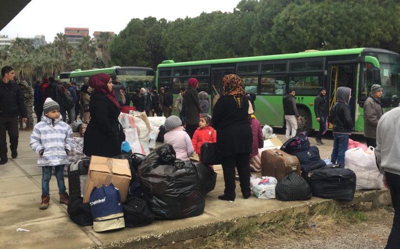 دوریات من المدیریة العامة للأمن العام تواكب عملية عودة النازحين السوريين
