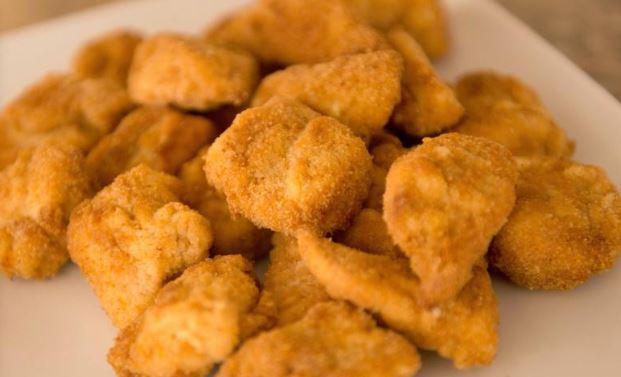 منع التداول بثلاث ماركات دجاج... الاقتصاد: لسحب المنتجات من السوق