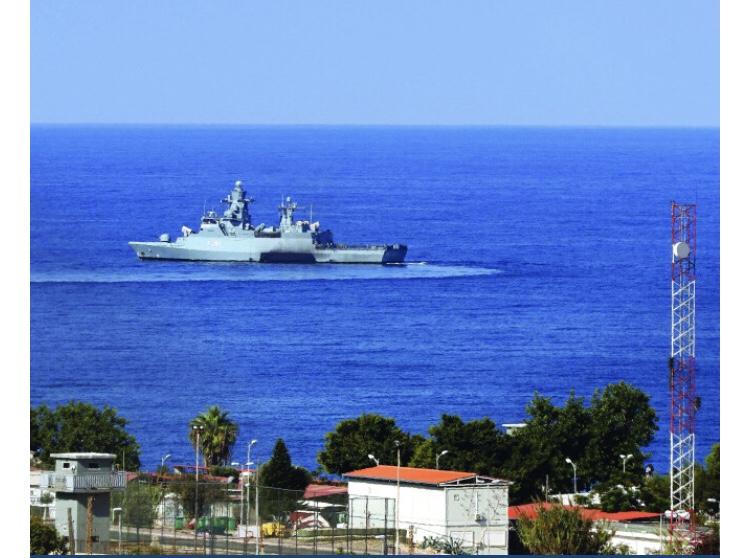 مرسوم ترسيم الحدود البحرية بيد دياب... وزارة الدفاع توضح